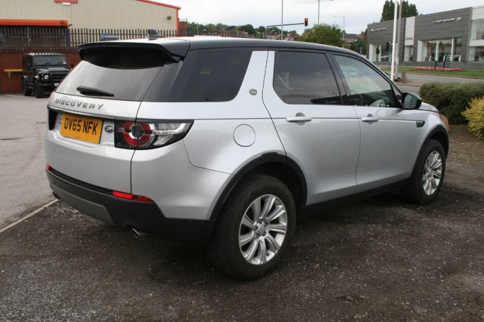 Land Rover Discovery Sport 2.2 SD4 SE Tech 5dr Estate Diesel Silver