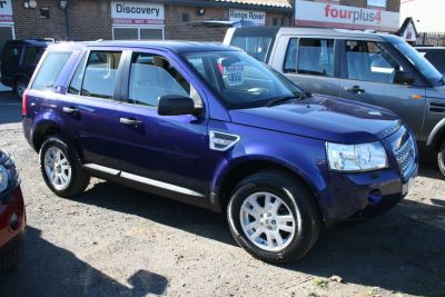 Land Rover Freelander 2.2 Td4 e XS [Nav] 5dr Estate Diesel BlueLand Rover Freelander 2.2 Td4 e XS [Nav] 5dr Estate Diesel Blue at Four Plus 4 Leeds